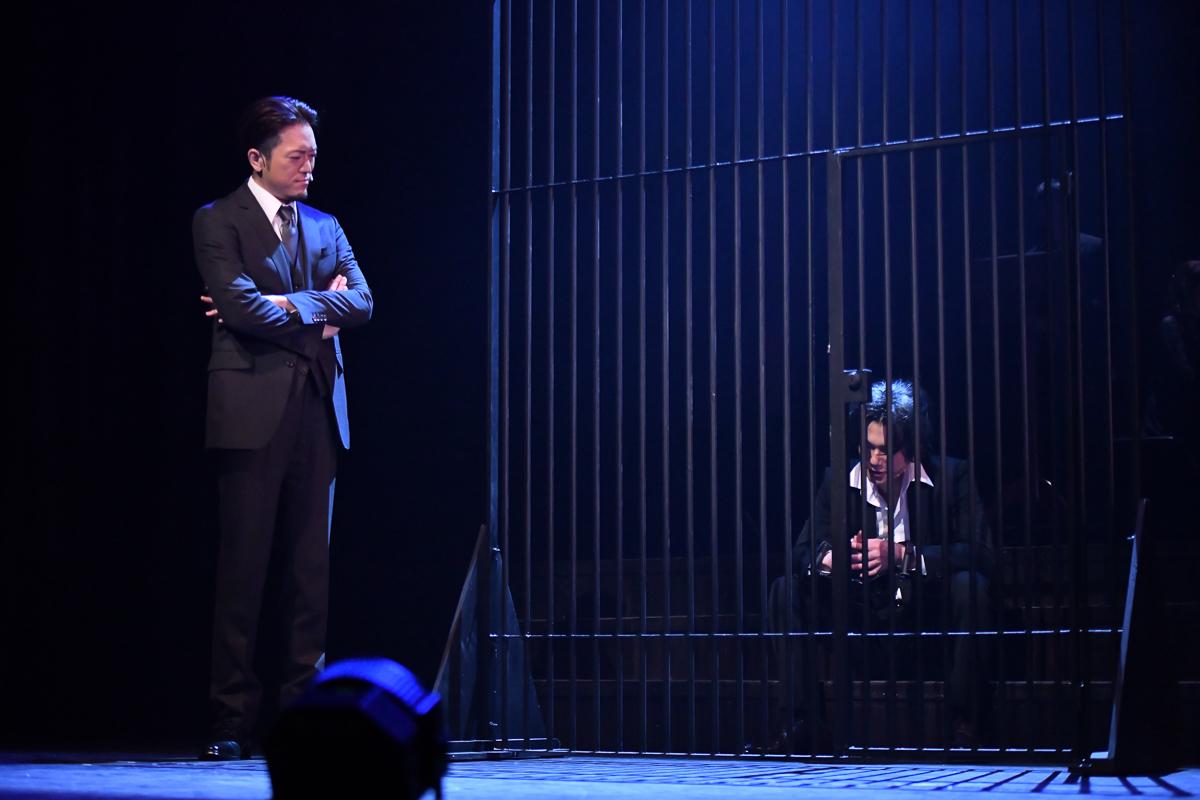 5月10日より開幕したミュージカル『憂国のモリアーティ』からオフィシャル写真&キャストコメントが到着 イメージ画像