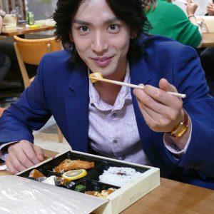 黒羽麻璃央がドラマ『コヒバニ』に登場 超肉食系社長のオラオラぶりを見逃すな イメージ画像