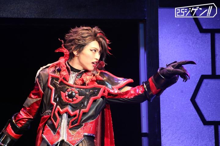 """""""進化""""した舞台『DARKNESS HEELS ~THE LIVE~ SHINKA』が魅せる闇の信念 ゲネプロレポート イメージ画像"""
