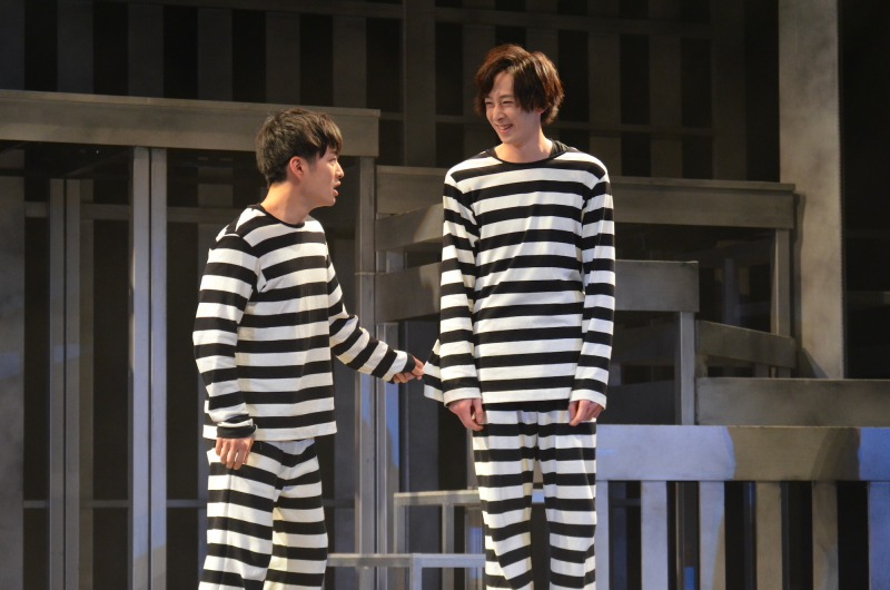 田中涼星と稲垣成弥、2人の奇縁が刑務所に変化をもたらす…舞台『99』ゲネプロレポート イメージ画像