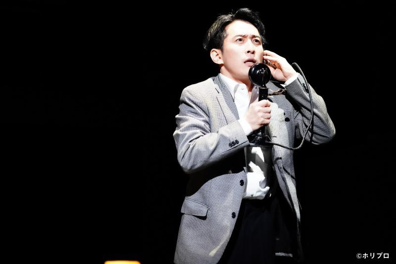 日本初演から10年、ミュージカル『スリル・ミー』が開幕 舞台写真&コメントが到着 イメージ画像