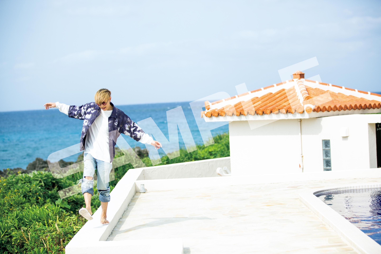 山田ジェームス武、宮古島で肉体美を披露 初の写真集リリースに「まだ夢のよう」 イメージ画像