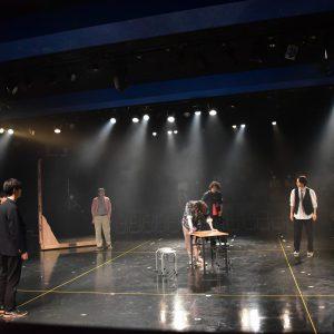 """波及する狂気と緊張感、舞台「Another lenz」開幕 配信で描かれる""""異なる世界"""" イメージ画像"""