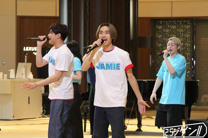 森崎ウィン&髙橋颯がハイヒール姿を披露、ミュージカル『ジェイミー』イベントレポート イメージ画像
